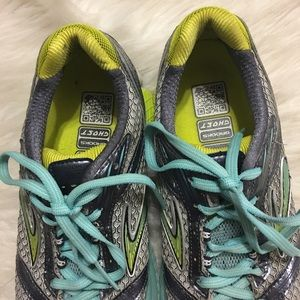 Brooks Shoes - Brooks Women's Mogo Ghost Running Shoes Size 7.5